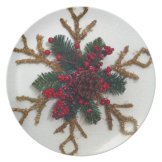 Christmas Pine Cone Decoration Party Plates