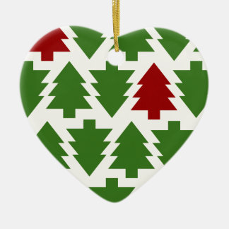 Christmas Trees Holiday Pattern Ceramic Heart Decoration