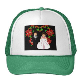 Christmas Wedding Couple In Green Heart Wreath I Cap