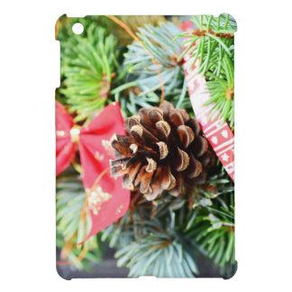 Christmas wreath decoration iPad mini cases