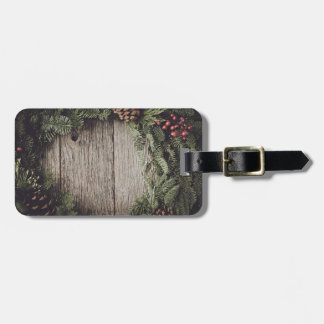 Christmas Wreath with Rustic Wood Background Luggage Tag