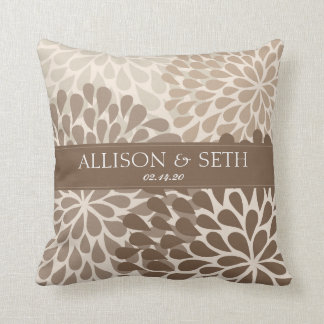Chrysanthemum (Dachshund Brow) Wedding Shower Gift Cushion