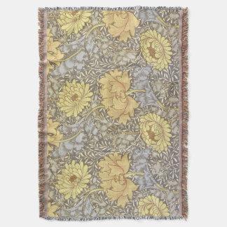Chrysanthemum Throw Blanket