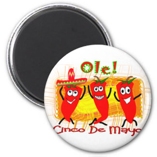 Cinco de Mayo 3 Dancing Chilli Peppers-Adorable 6 Cm Round Magnet