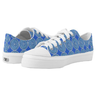 Circle Chic Low Tops