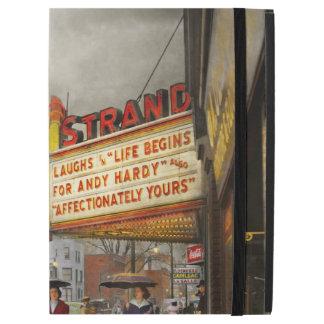 """City - Amsterdam NY - Life begins 1941 iPad Pro 12.9"""" Case"""