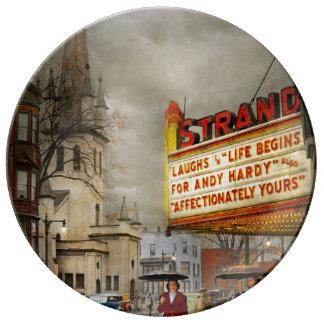 City - Amsterdam NY - Life begins 1941 Porcelain Plates