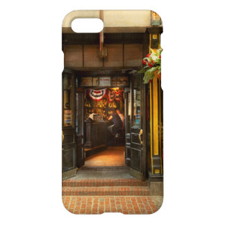 City - Boston MA - For the weary traveler iPhone 8/7 Case