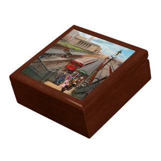 City - Chicago - The Van Buren Street Station 1907 Gift Box