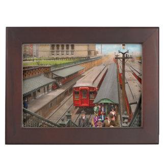 City - Chicago - The Van Buren Street Station 1907 Keepsake Box