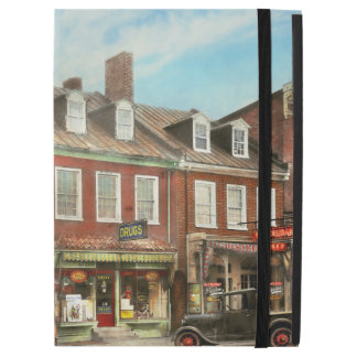 "City - Easton MD - A slice of American life 1936 iPad Pro 12.9"" Case"