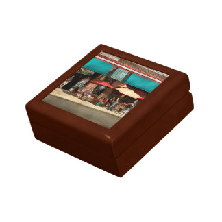 City - Edison NJ - Pino's basket shop Gift Box