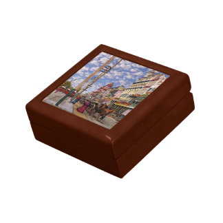 City - New Orleans the Victorian era 1887 Gift Box