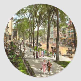 City - NY -  I would love to be on Broadway 1915 Classic Round Sticker