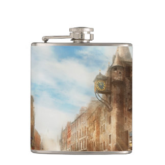 City - Scotland - Tolbooth operator 1865 Hip Flask