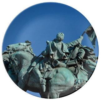 Civil War Soldier Statue in Washington DC_ Porcelain Plate
