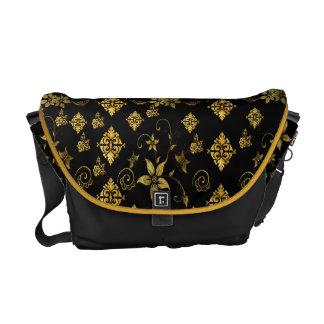 Classic floral messenger bag