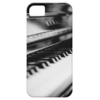 classic piano iPhone 5 cover