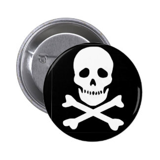 classic skull and crossbones 6 cm round badge