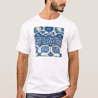 Classic Vintage iznik blue and white tile patterns T-Shirt