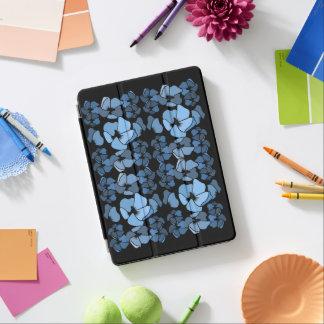 Classy Blue on Black Art Deco Floral Print iPad Air Cover