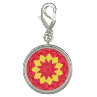 Classy Red and Yellow Geometric Flower Pattern
