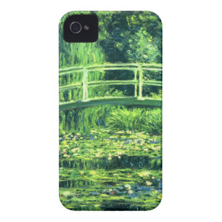 Claude Monet: Bridge Over a Pond of Water Lilies iPhone 4 Cases