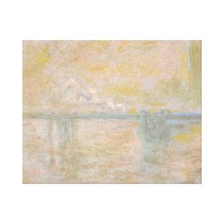 Claude Monet - Charing-Cross Bridge in London Canvas Print