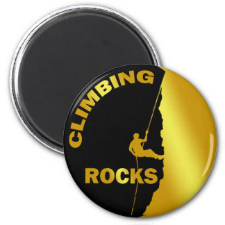 CLIMBING ROCKS 6 CM ROUND MAGNET