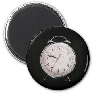 Clock magnet time management magnet