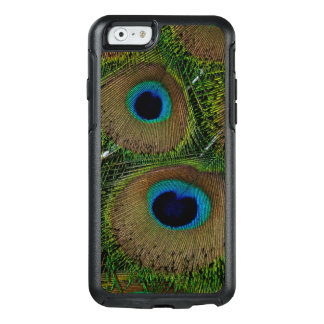 Close-up of peacock feathers OtterBox iPhone 6/6s case