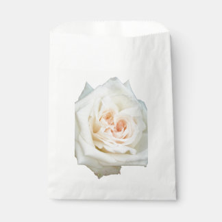 Close Up View Of A Beautiful White Rose Isolated Favour Bag