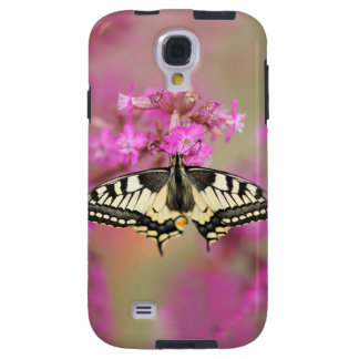 Closeup dovetail butterfly on lilac flower galaxy s4 case