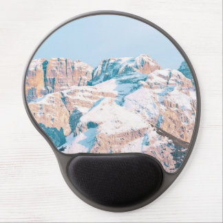 Closeup view or snow-dusted mountains gel mouse pad
