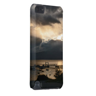 Cloudy Patagonian sunset iPod Touch (5th Generation) Covers