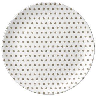 Clover Good Luck Symbol Gold Look Elegant Pattern Plate