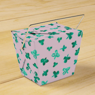 Clover Leaves Take Out Favor Box