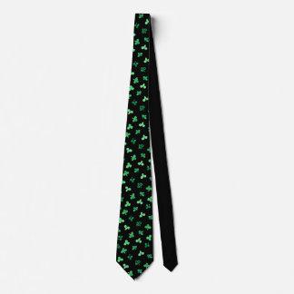 Clover Leaves Tie
