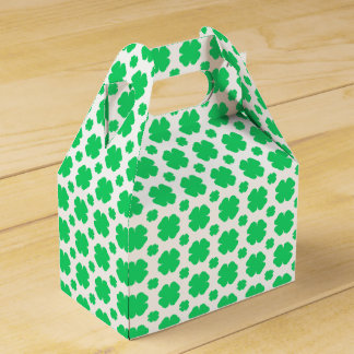 Clover Patterned Wedding Favour Box