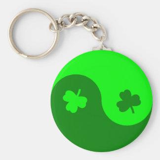 Clover Yin Yang Basic Round Button Key Ring