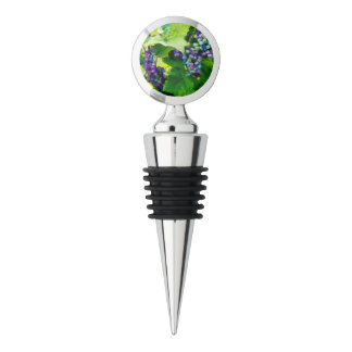 clusters of grapes 17 wine stopper