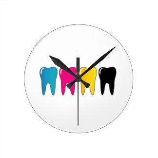 CMYK tooth Round Clock