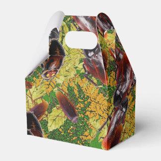 Cockroaches Favour Box