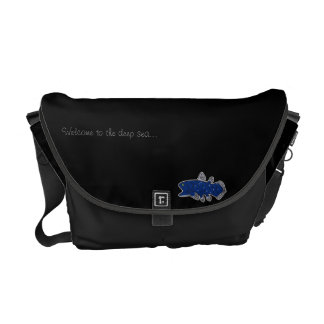 Coelacanth Medium Messenger Bag Black