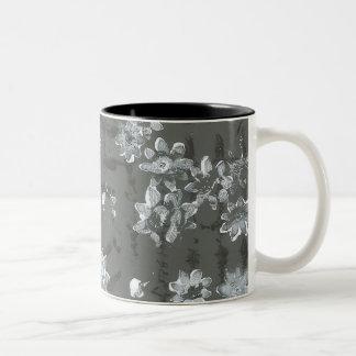 coffee mug 11 oz two-tone distinctive design