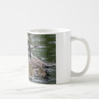 coffee mug with family of geese