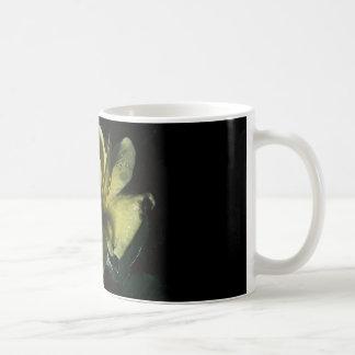 coffee mug with yellow rose