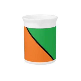 color blocking your summer pitcher