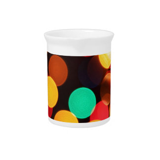 color circles pitcher