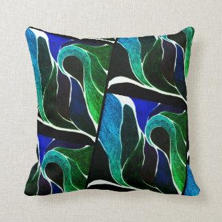 Color Twist (Dark Blue/Green) Pillow
